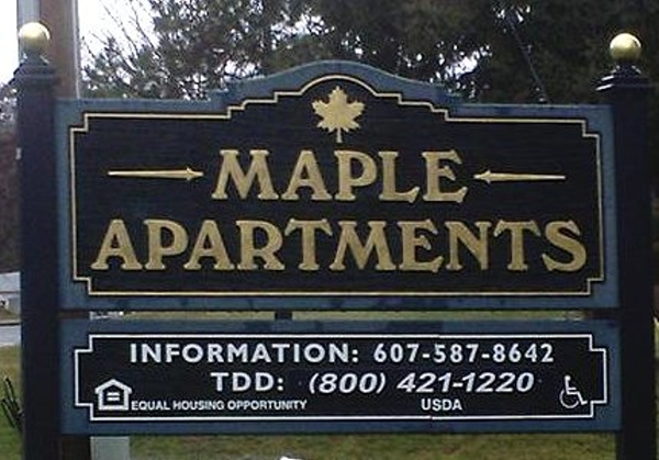 Button - Go to Maple Apartments page